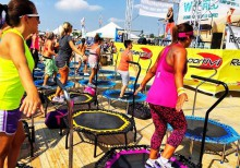 bibione_beach_fitness_jump