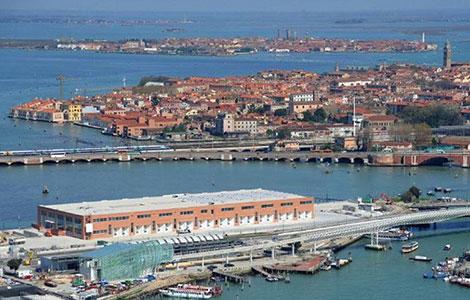 Von venedig am jesolo man nach kommt besten wie Venedig Reisetipps