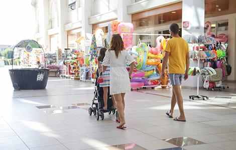 Intelligenter Einkauf im Urlaub